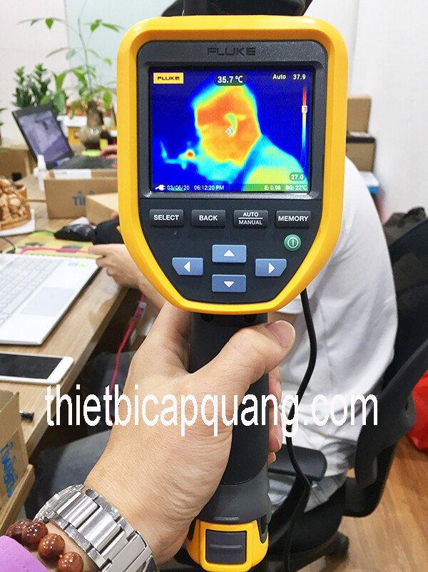 Kiểm tra thân nhiệt bằng Camera đo nhiệt