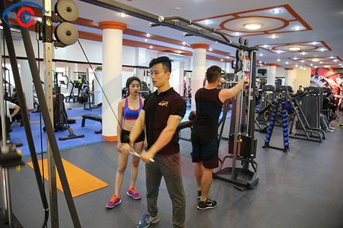 Thi công Kính thủy Gương soi phòng tập Gym Quận Bình Thạnh Tp HCM