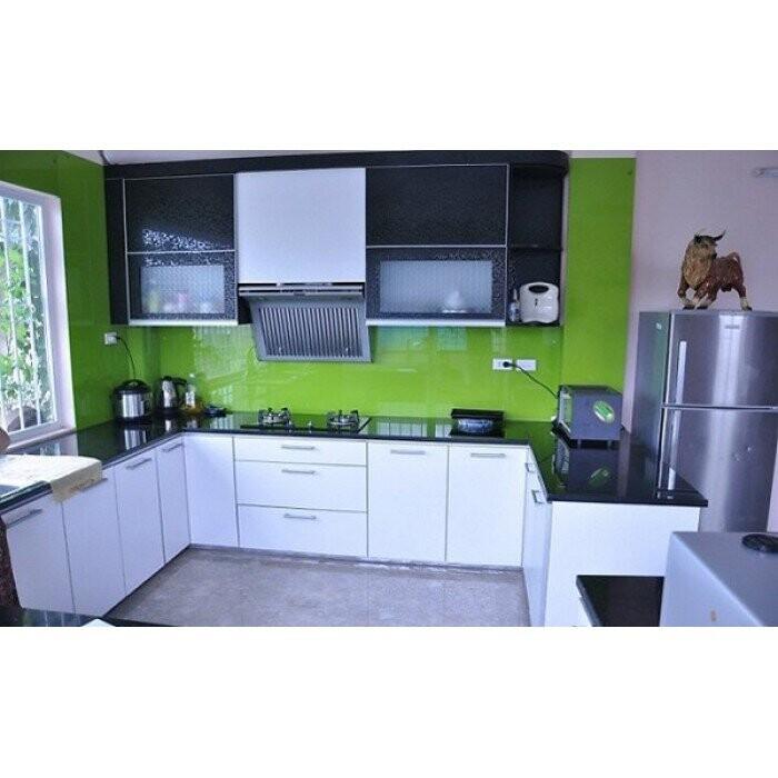 Kính bếp màu xanh cốm