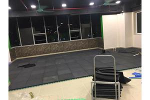 Kỹ thuật thi công gạch cao su phòng gym