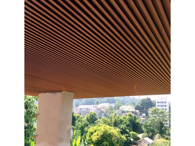 Lam trần gỗ nhựa