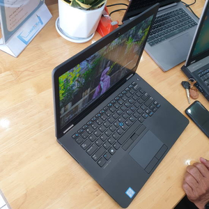 Laptop Dell Latitude E7470 I5