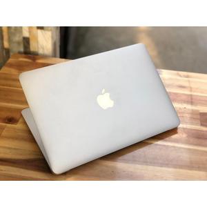 Macbook Air MD760    i5~1.3GHz    Ram 4G/SSD 128G    13.3 2013