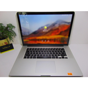 "Macbook Pro Reitina ME665 (2013) Core i7~2.4GHz Ram 8GB SSD 256GB 15.4"" FHD Nvidia Geforce GT 650M"