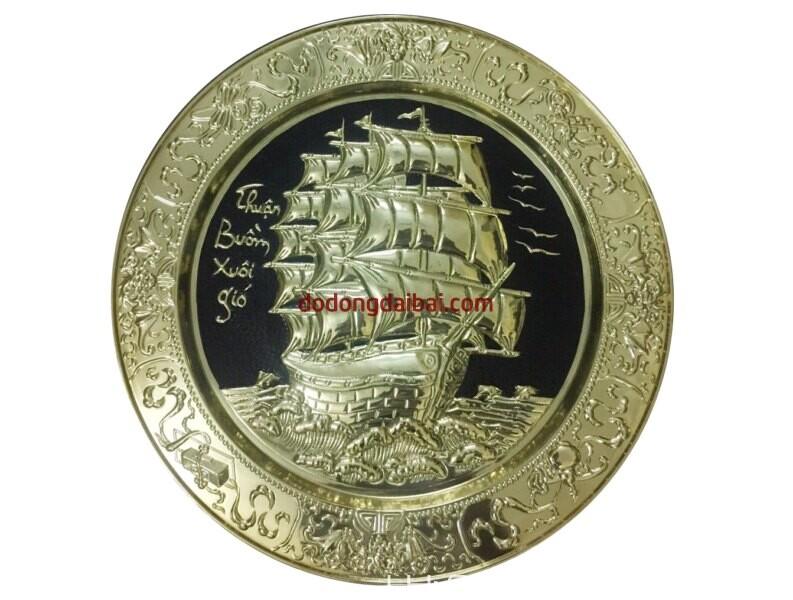 Mâm đồng thuyền buồm phong thủy đk 52cm vàng bóng