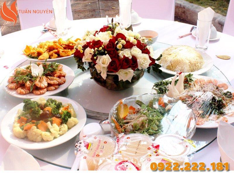 Nơi bán mâm xoay bàn ăn giá rẻ - Tuấn Nguyễn
