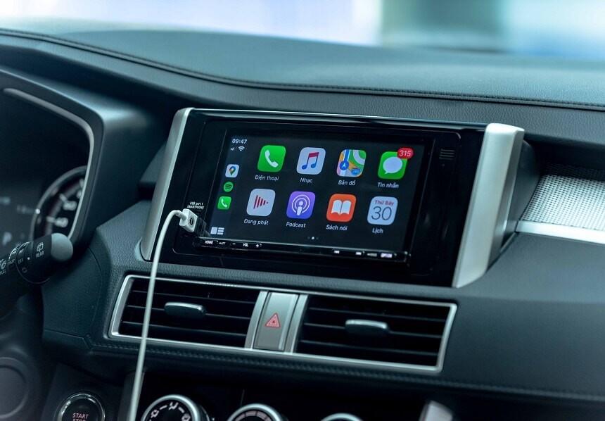 Màn hình cảm ứng 7 inch kết nối Apple Carplay và Android Auto trên Xpander AT