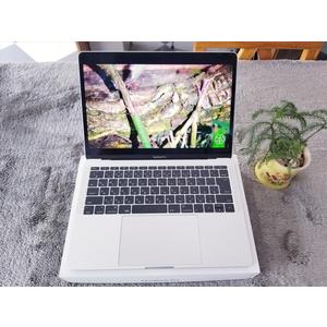 Macbook Pro MLL42 || i5 || RAM 8G/ SSD 256G || 13.3 2017