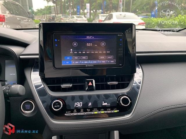 Màn hình DVD của xe Toyota Cross 1.8G 2021