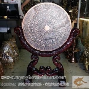 Mặt Trống đồng Đúc bằng đồng đỏ, Trống đồng Đông Sơn có giá gỗ 60cm