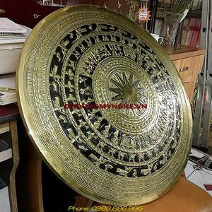 Mặt trống đồng phù điêu đk 80cm đồng gò nổi 3D