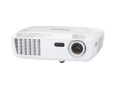 Máy chiếu Panasonic PT-LB3EA hư LCD thay ở đâu?
