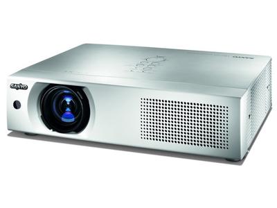 Máy chiếu Sanyo LP-XU105 Độ sáng 4500