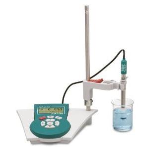 Máy đo pH cầm tay để bàn Metrohm - Model 827