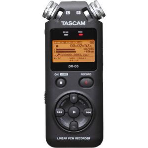 Máy ghi âm Tascam DR-05 tặng thẻ nhớ 16GB