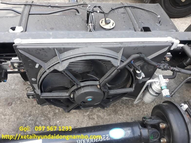 máy lạnh xe đô thành iz49