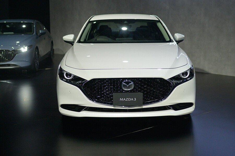 Mazda 3 1.5L Deluxe 2020