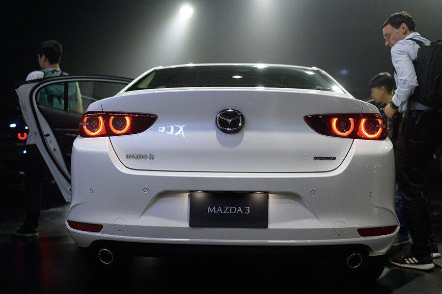 Mazda 3 1.5L Luxury 2021