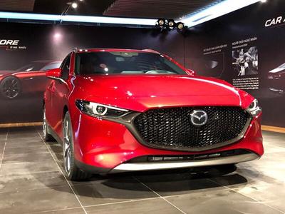 Mazda 3 Sport 1.5L Deluxe