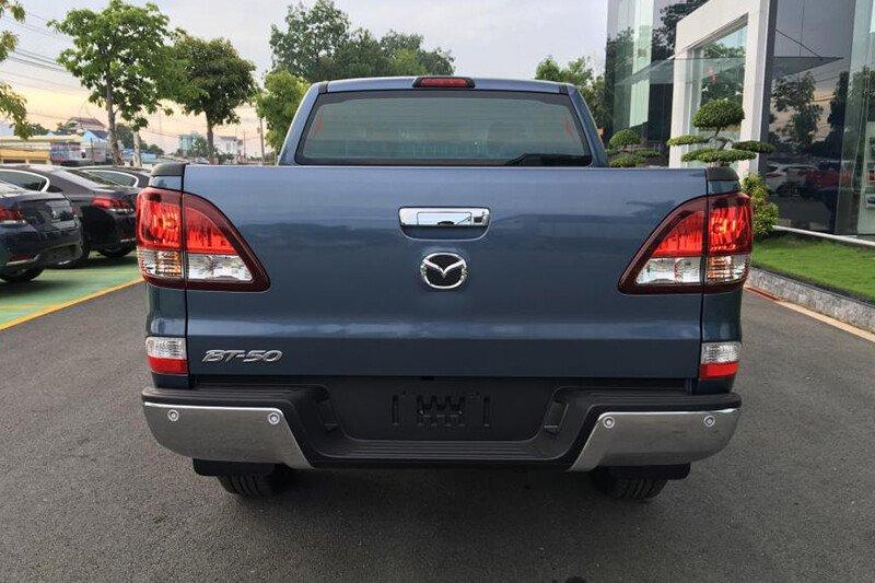 Mazda BT-50 Deluxe 4x2