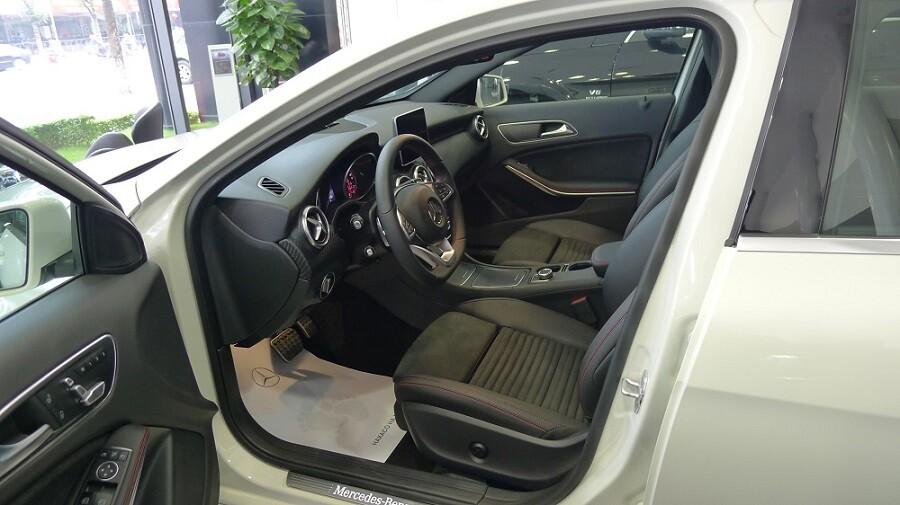Mercedes-Benz A 250 AMG