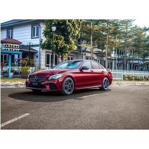 Mercedes-Benz C300 AMG 2021