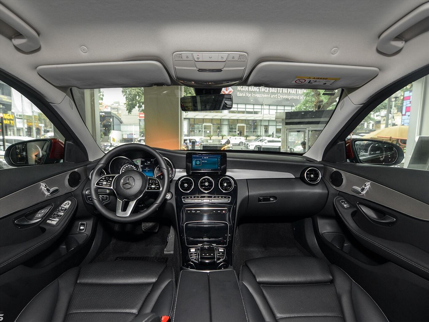 Mercedes-Benz C180 AMG