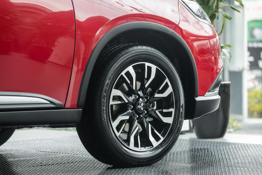 Mitsubishi Outlander 2.0 STD 2021