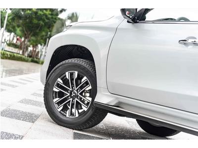 New Mitsubishi Pajero Sport Diesel 4x4 AT