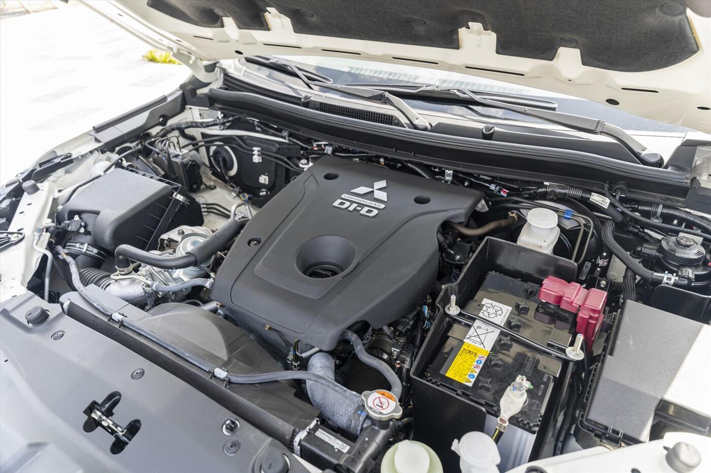 New Mitsubishi Pajero Sport 4x4 AT 2021