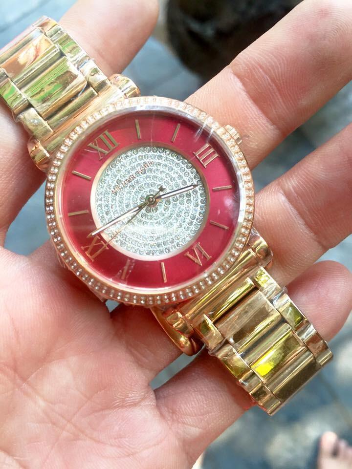 Đồng hồ nữ Michael Kors Caitlin Gold Crystal Red Dial MK3354
