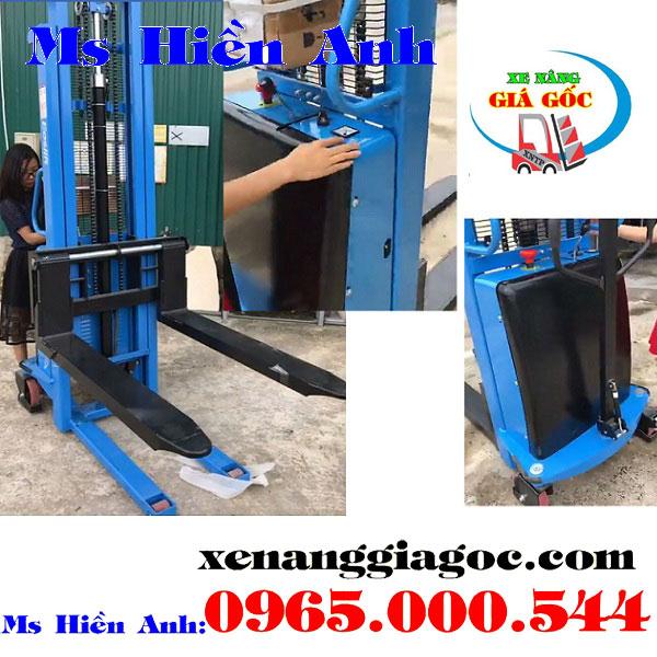 mua xe nâng bán tự động tại Bắc Ninh