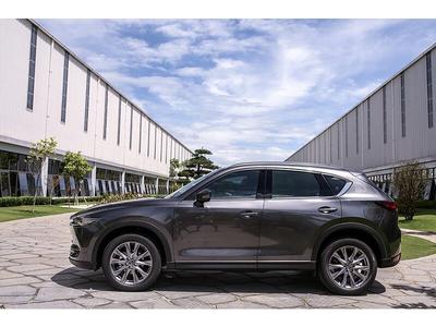 New Mazda CX-5 Signature Premium 2WD