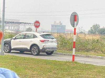 New Ford Escape 2020 chạy thử nghiệm tại nhà máy Ford Việt Nam