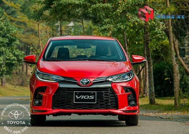NGoại thất đầu xe Toyota Vios GRS màu đỏ