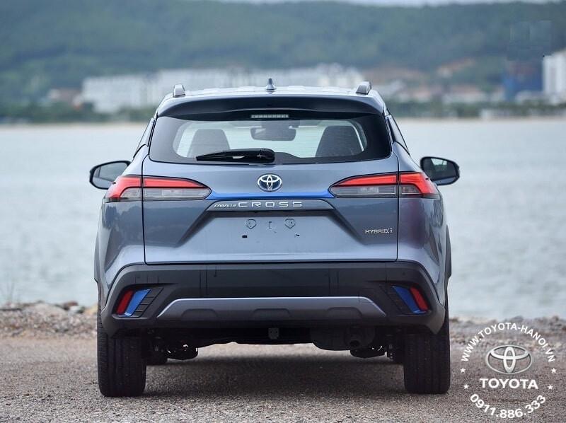 Ngoại thất đuôi xe Toyota Corolla Cross 1.8HV Hybrid 2021