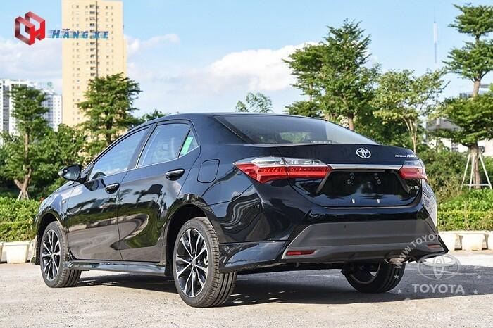 Ngoại thất xe Toyota Altis 1.8G 2021