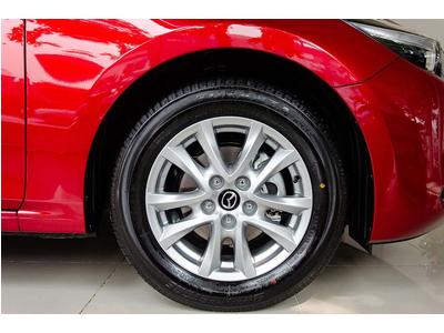 Mazda 3 2.0L Signature Premium