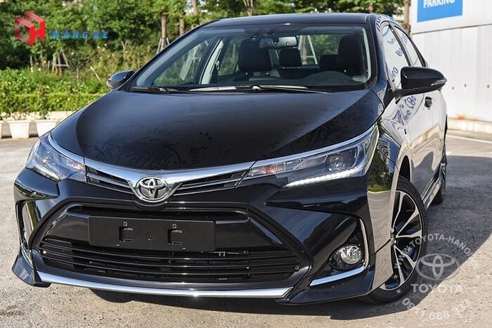 Xe Toyota Altis 1.8G 2021 màu đen