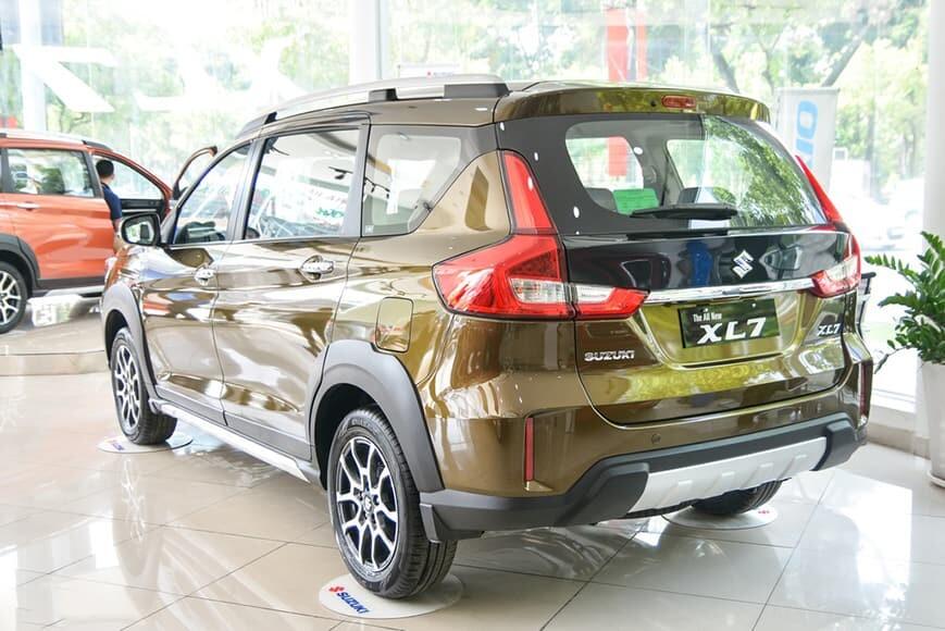 Ngoại thất xe 7 chỗ Suzuki XL7