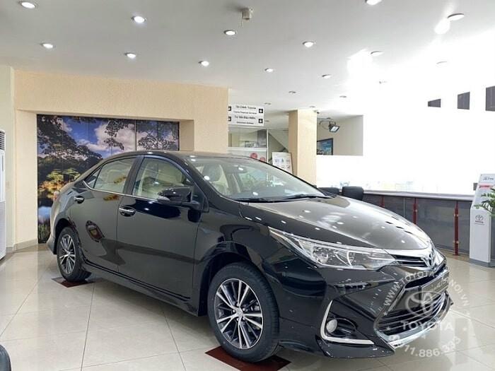 Ngoại thất xe Toyota Altis 1.8E 2021