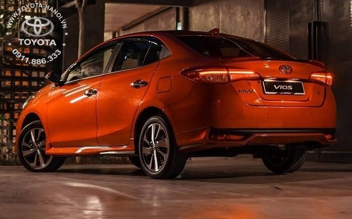 Hông xe Toyota Vios 2021