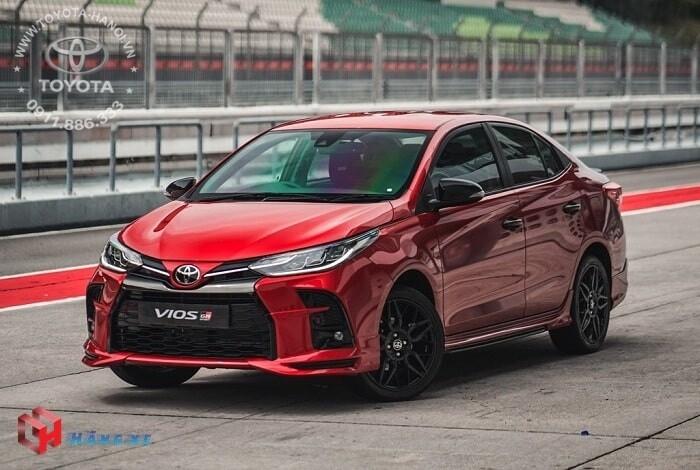 Ngoại thất xe Toyota Vios GR-S 2021 màu đỏ
