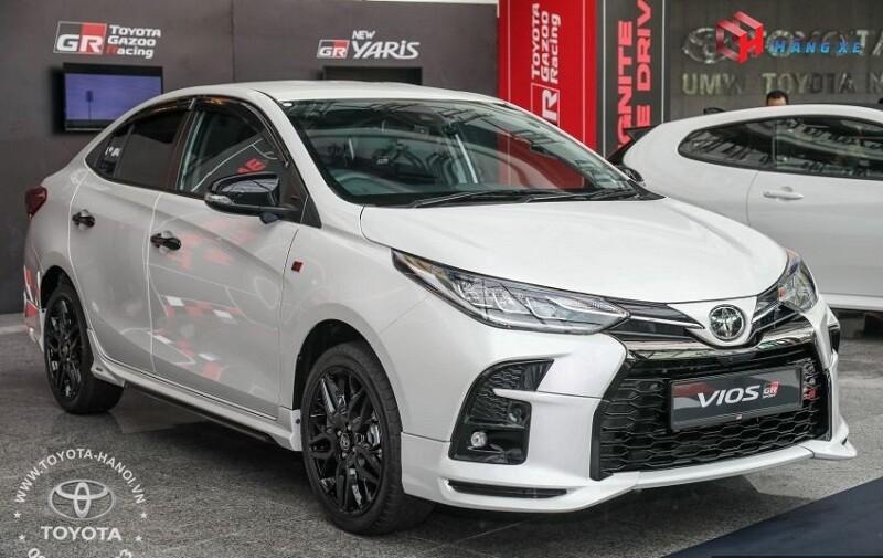 Ngoại thất xe Toyota Vios GRS 2021 màu trắng