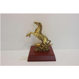 Ngựa phi thiên đứng tiền bằng đồng vàng 20cm