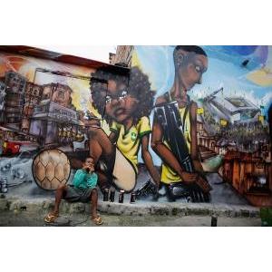 Những bức graffiti gây sốc về World Cup 2014