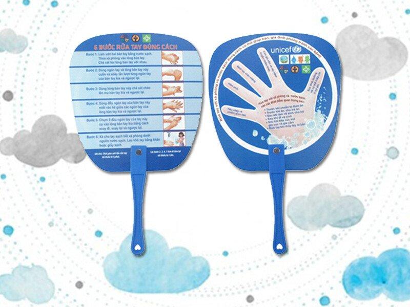 Thiết kế, in ấn quạt nhựa quảng cáo giá rẻ tại TPHCM - Phụng Nghi