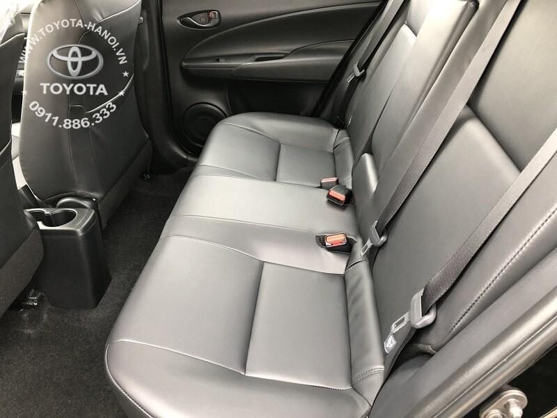 Nội thất hàng ghế sau xe Toyota Vios E MT số sàn 2020