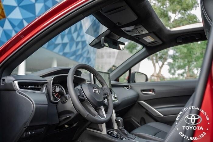 Ghế lái xe toyota corolla cross 2021