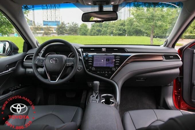 nội thất Toyota camry 2.5q 2021 màu đen